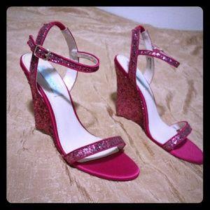 Betsey johnson pink glitter heels 8